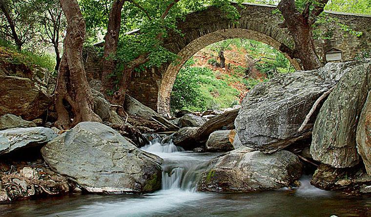 Κάρυστος - Γεφύρι - Πλατανιστός